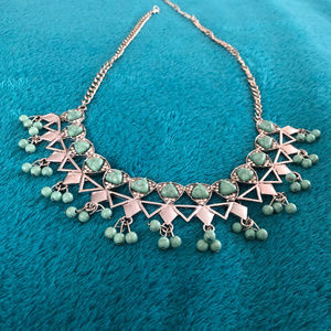 Jewelry - Silver & Teal/Turquoise Formed Necklace w Crystals